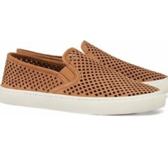 44f6611754c272 Tory Burch Jesse Perforated Sneakers
